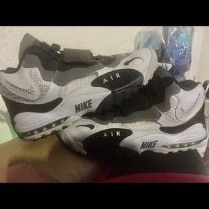 Nike air max's speed turf